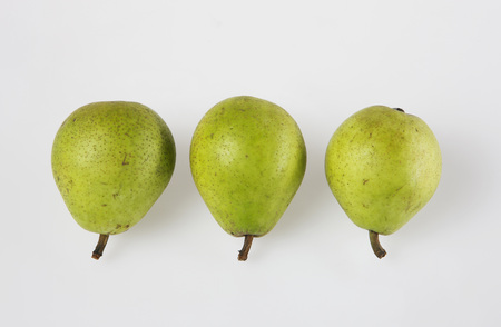sorts: Three Pears, Elevated View LANG_EVOIMAGES