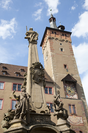 Germany,Bavaria,Franconia,Wã¼Rzburg,Fountain In Front Of Old Townhall,Low Angle View LANG_EVOIMAGES