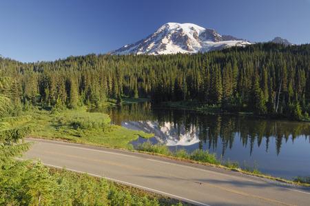 Usa,Washington,Pierce County,Mount Rainier National Park,Cascade Range,Mount Rainier Reflecting In Lake