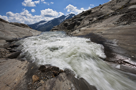 Austria,Grossglockner,Mountain Stream LANG_EVOIMAGES