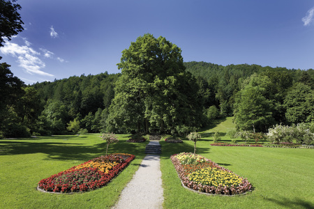 Germany,Bavaria,Mittenwald,View Of Spa Park LANG_EVOIMAGES
