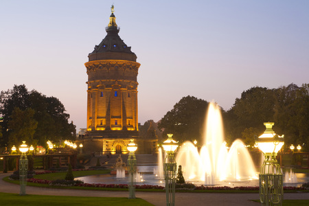 Germany,Baden-Wãƒâ¼Rttemberg,Mannheim,View Of Wasserturm Water Tower At Night LANG_EVOIMAGES