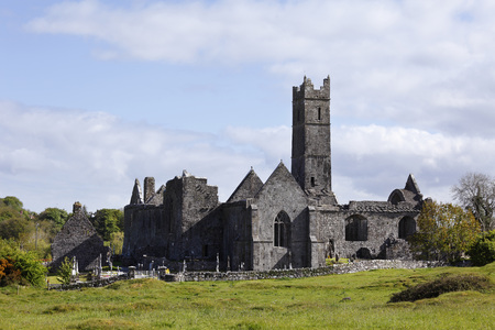 Ireland,County Clare,Quin Friary,View Of Auin Abbey LANG_EVOIMAGES