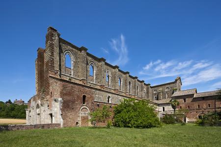 Italy,Tuscany,View Of Abbazia San Galgano Ruins LANG_EVOIMAGES