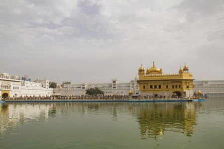 India,Amritsar,View Of Golden Temple LANG_EVOIMAGES