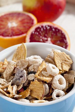 Bowl Of Muesli With Fruit,Close Up LANG_EVOIMAGES