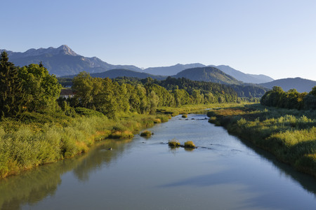 Austria,Carinthia,Drau River with Karawanks LANG_EVOIMAGES