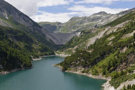 Austria,Carinthia,Upper Tauern,Maltatal,Galgenbichl impounding reservoir and Koelnbreinsperre