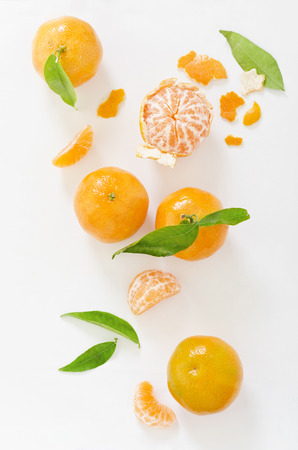 Clementines on white background,elevated view LANG_EVOIMAGES