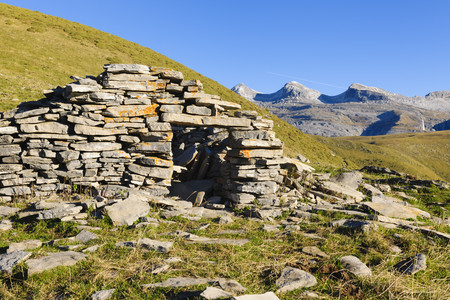 Spain,Aragon,Central Pyrenees,Canon de Anisclo,Ordesa y Monte Perdida National Park,old mountain hut LANG_EVOIMAGES