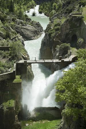 Spain, Aragon, Yesa Dam, Aragon river