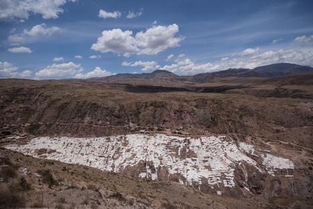 Peru, Maras, Mountainscape with salt terraces LANG_EVOIMAGES