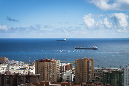 Spain, Canary Islands, Gran Canaria, Ships at Las Palmas habrour LANG_EVOIMAGES