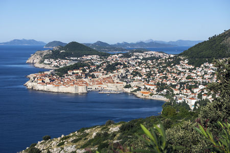 Croatia, Dubrovnik, elevated view to coast line with historic old city LANG_EVOIMAGES