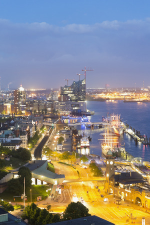 Germany, Hamburg, View on the harbor, Elbe river and Elbphilharmonie