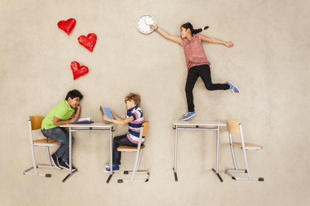 School Children Having A Crush On Each Other LANG_EVOIMAGES