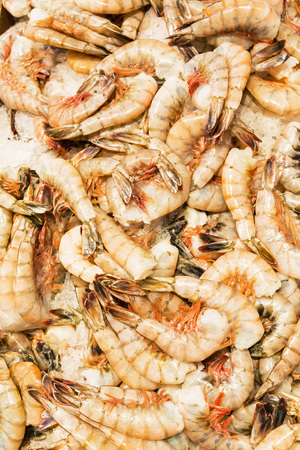 Usa, Washington State, Seattle, Pike Place Fish Market, Jumbo Shrimps At Market Stand LANG_EVOIMAGES