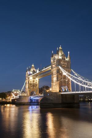 United Kingdom, England, London, River Thames, Tower Bridge In The Evening Light LANG_EVOIMAGES