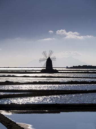 Italy, Sicily, Province Of Trapani, Marsala, Laguna Dello Stagnone, Saline Ettore Infersa, Silhouette Of A Wind Mill