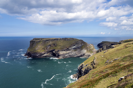 United Kingdom, England, Cornwall, Tintagel, View to Tintagel Castle LANG_EVOIMAGES