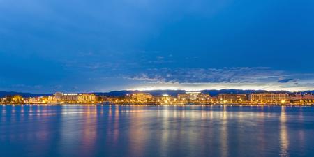 Switzerland, Geneva, cityscape with Lake Geneva in the evening