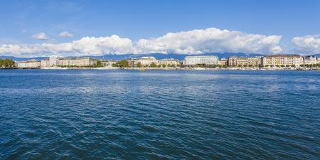 Switzerland, Geneva, cityscape with Lake Geneva LANG_EVOIMAGES