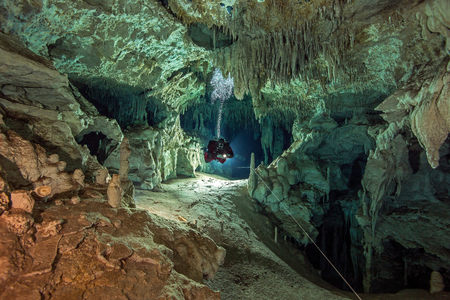 Mexico, Yucatan, Tulum, cave diver in the system Dos Pisos
