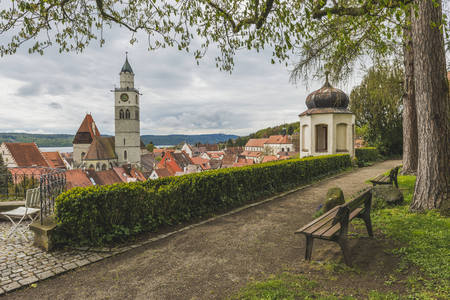 Germany, Baden-Wuerttemberg, Ueberlingen, View to St. Nicholas Church
