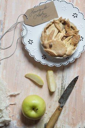 Homemade apple pie LANG_EVOIMAGES