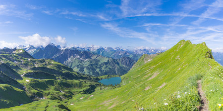 Germany, Bavaria, Allgaeu Alps, panoramic view from Zeigersattel to Seealpsee, Hoefats and Seekoepfel