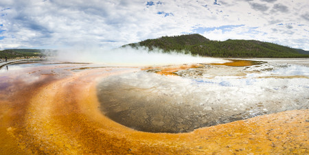 USA, Wyoming, Yellowstone National Park, Grand Prismatic Spring