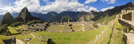 Peru, Andes, Urubamba Valley, Machu Picchu with mountain Huayna Picchu, Main Square and temple of three windows LANG_EVOIMAGES