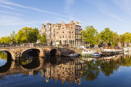 Netherlands, Amsterdam, Brouwersgracht and Prinsengracht LANG_EVOIMAGES
