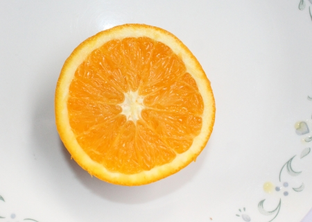 Malta, Citrus sinensis, a popular fruit grown in Foothills of NW Himalayas with globose orange fruit with orange-yellow pulp, sweet and delicious Stock Photo - 22706061