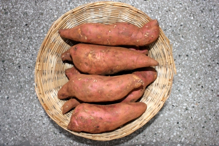 tuberous: Sweet potato, shakar kandi, Ipomoea batatas, Convolvulaceae, a vine producing tuberous roots eaten after baking, used in chat preparations