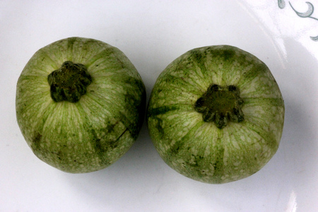Eight Ball Summer Squash, Summer squash, Cucurbita pepo, Chapan Kadu in India, globose pale green fruits with dark green stripes and white dots, whitish flesh, vegetable