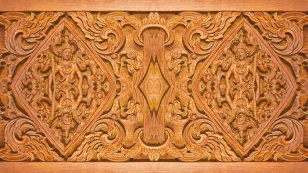 tallado en madera: Antiguo talla de madera en estilo tailandés Foto de archivo