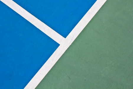 lawn tennis: Tennis court white intersecting lines