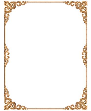gild: Vuoto cornice dorata d'epoca isolato su sfondo bianco