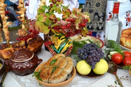 mountain cranberry: Ukrainian kitchen table eating treats