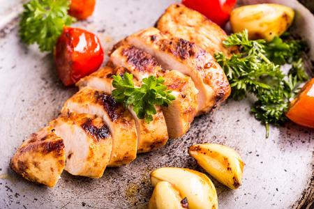 Poitrine de poulet grillée dans différentes variations Banque d'images - 46814309