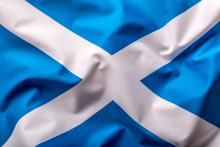 scottish flag: Bandiera Scozia. bandiera scozzese di tessuto che soffia nel vento.