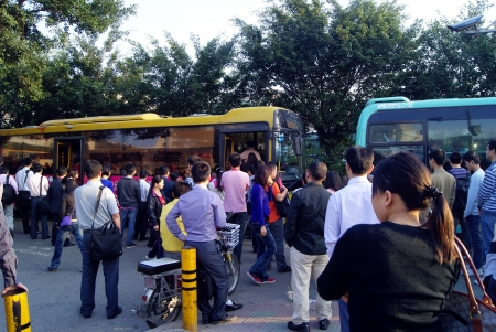 crowded bus, China s shenzhen