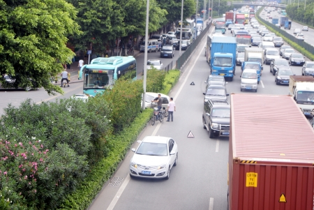 The traffic accident, in the national highway 107, China s shenzhen