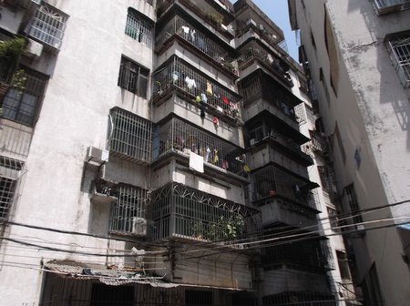 old  buildings: old buildings