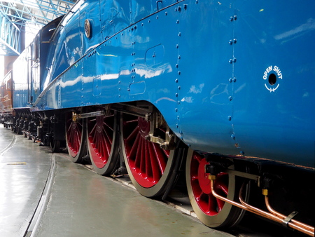 Driving wheels and coupling side rods of the London and North Eastern Railway