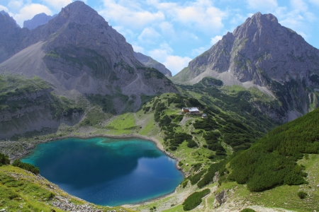 Seebensee and Zugspitze Alps hiking in Austria