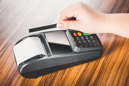 cardreader: Hand Swiping Credit Card In Store good