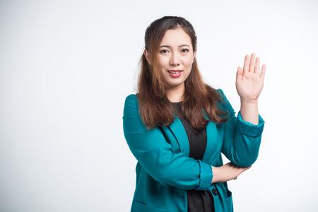foto carnet: foto de pasaporte de una muchacha asiática joven y hermosa, aislado en fondo blanco