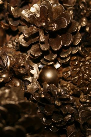 goud denappel en ornament vakantie deco
